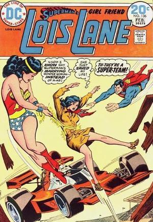 Is wonder woman dating superman or batman