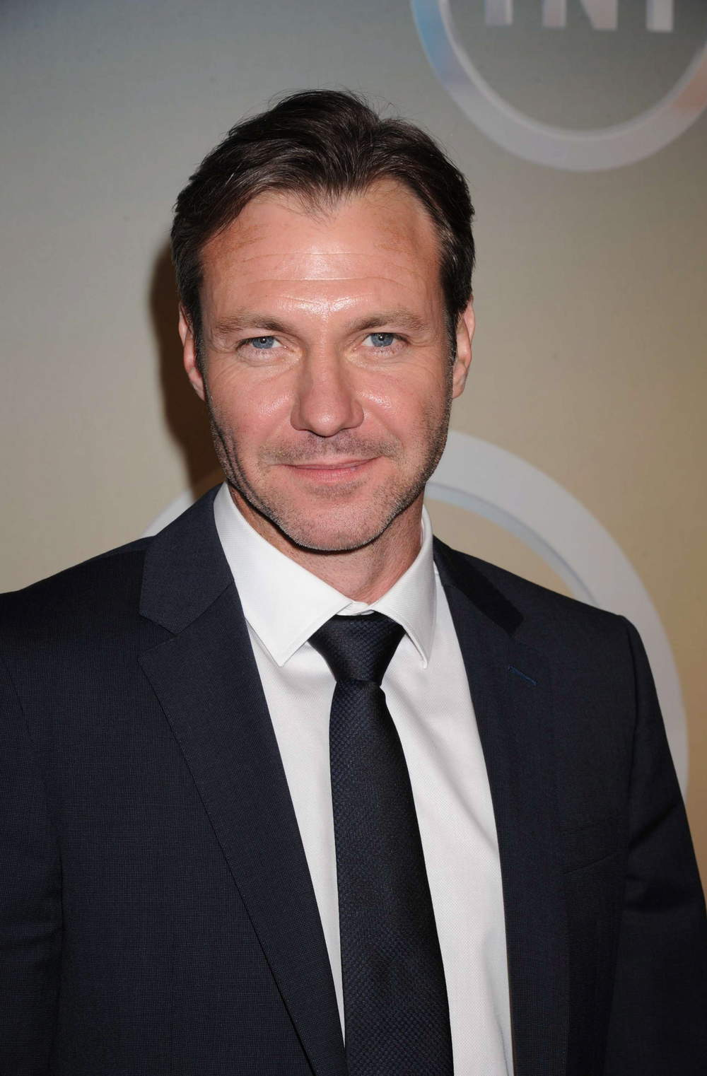 Chris Vance is Non